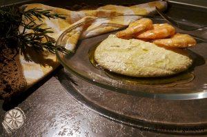 crema di ceci con gamberi