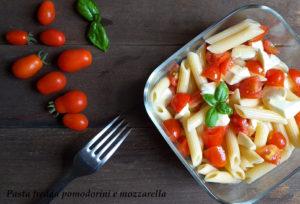 pasta fredda pomodoro e mozzarella